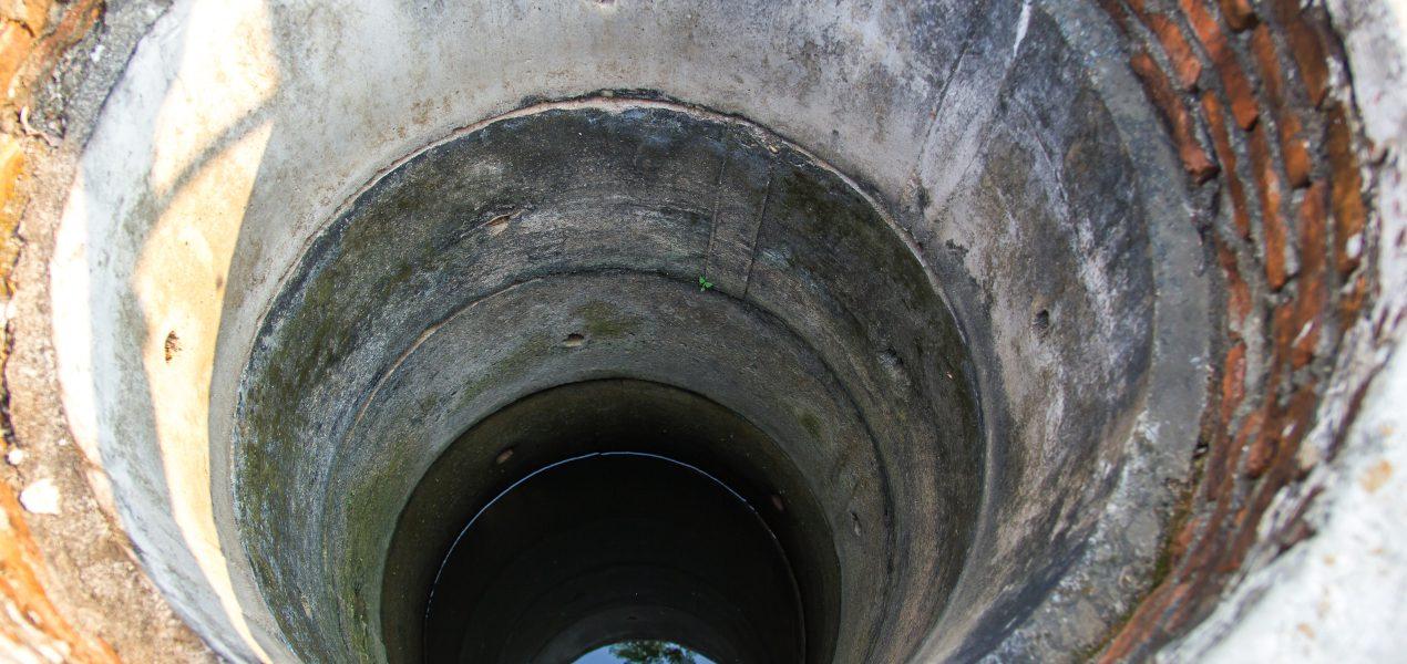 Piasek w studni